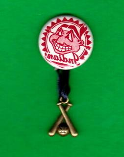 """1955 STYLE Cleveland INDIANS Banner 1"""" RP  PIN w/ Brass x Ba"""
