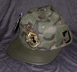 CLEVELAND INDIANS MLB PRO STANDARD GREEN CAMO LEATHER BRIM S
